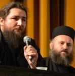 Părintele Stareţ Iustin (Miron) şi Ieromonahul Pantelimon (Şuşnea) de la mănăstirea Oaşa